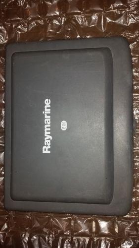Raymarine E120 classic sun cover used